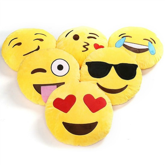 Emoji-pillows-2
